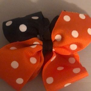 Black and orange hair bow